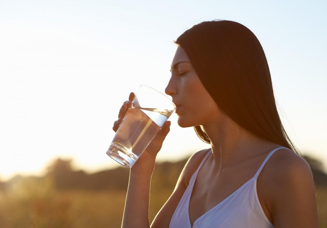 Почему организм нуждается в воде?