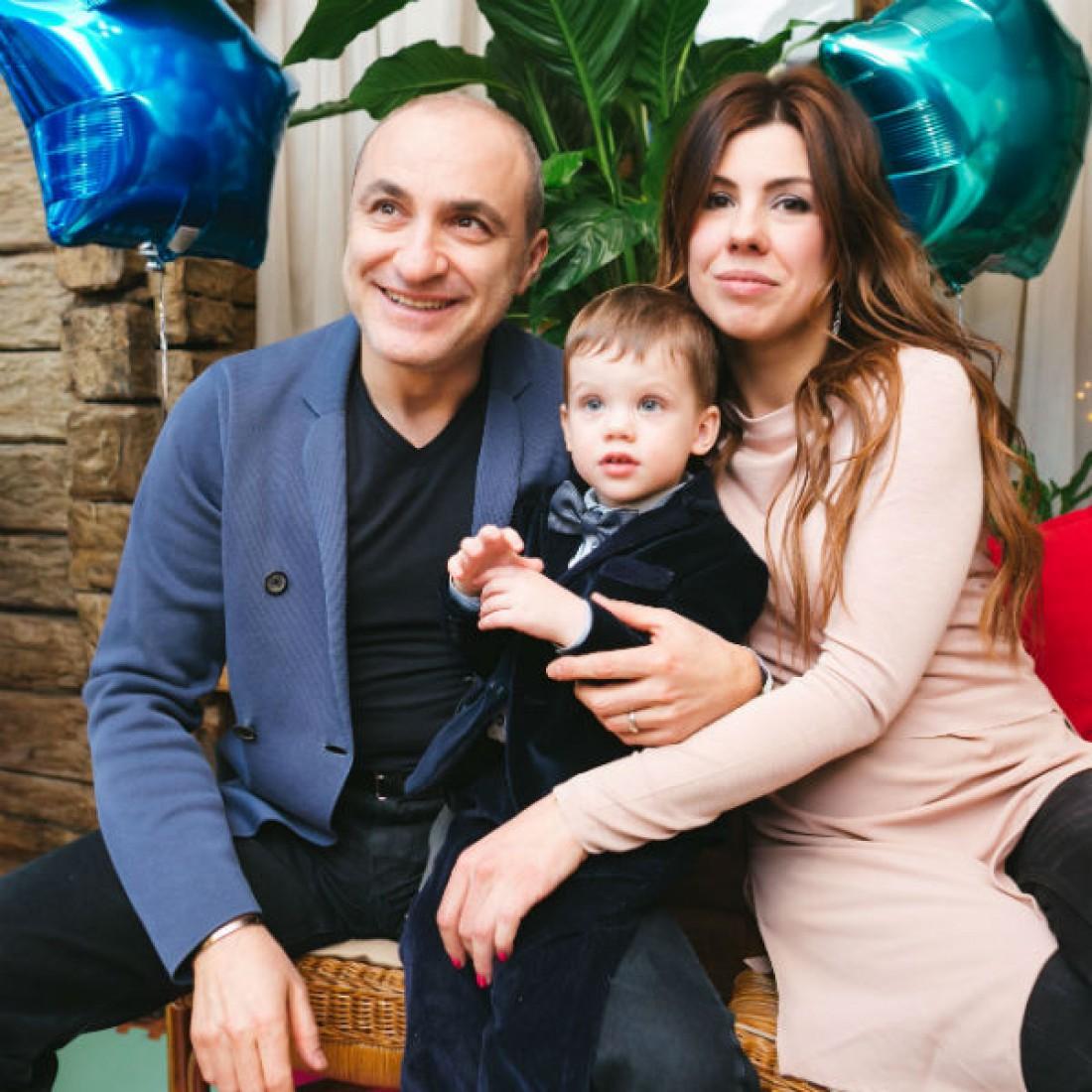 Михаил с дочкой Натальей и внуком Иваном