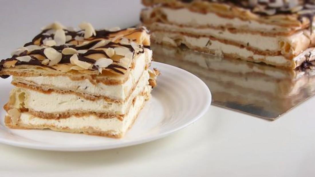 """Десерт ко Дню святого Валентина: вкусный торт """"Эклер"""""""