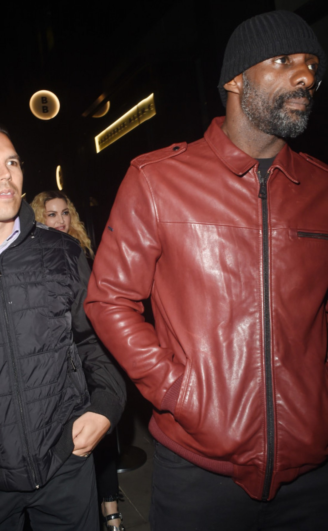 Идрис Эльба и Мадонна вместе покидают вечеринку