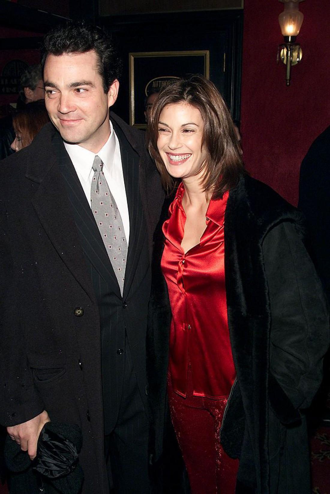 Тери вышла замуж во второй раз за актера Джона Тенни
