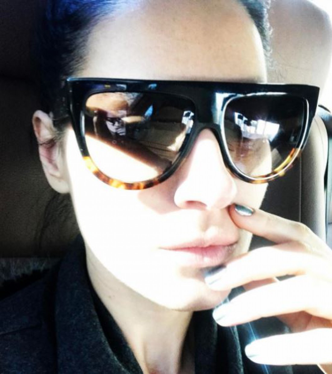 Маша Ефросинина с новыми очками