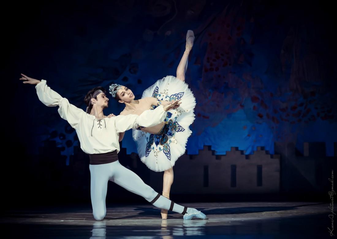 Фотоотчет: звезды на балете Корсар в исполнении интернационального трио