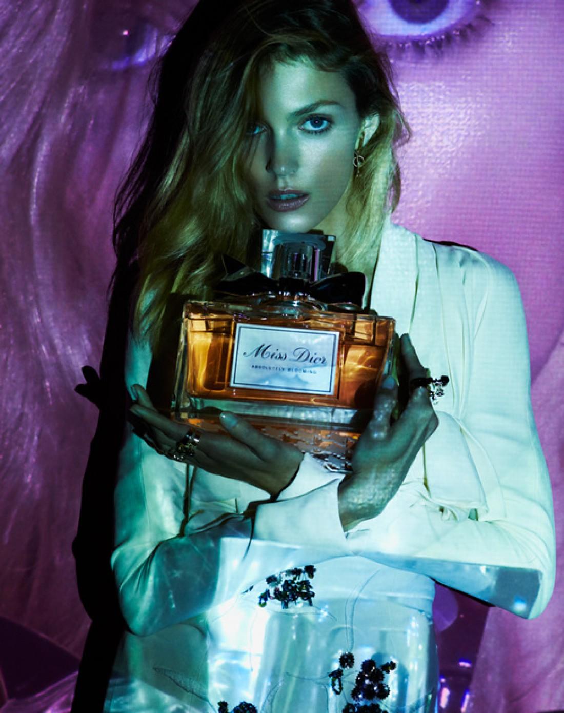 У девушки с плохим парфюмом, нет будущего (Коко Шанель)