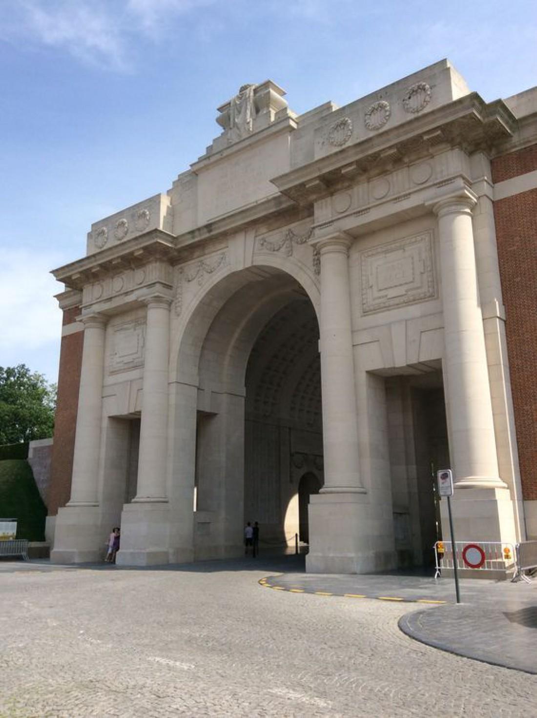 Мененские ворота - памятник солдатам Антанты, погибшим во время Первой мировой войны