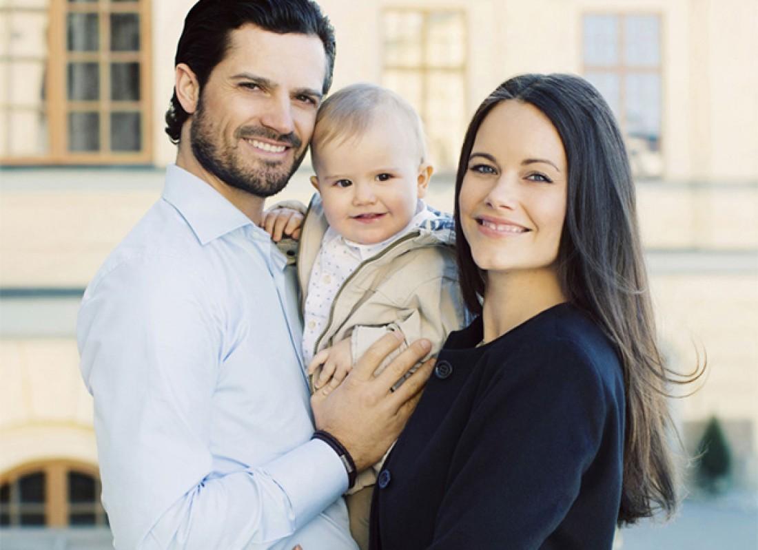Принц Карл Филипп и принцесса София с сыном принцем Александром
