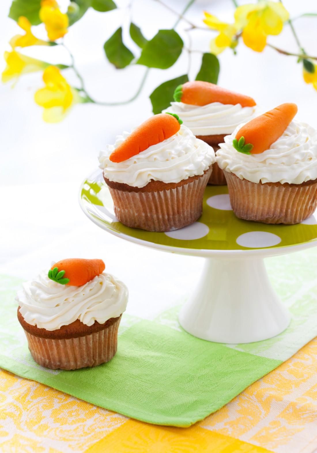 Выпечка на Пасху: морковные капкейки
