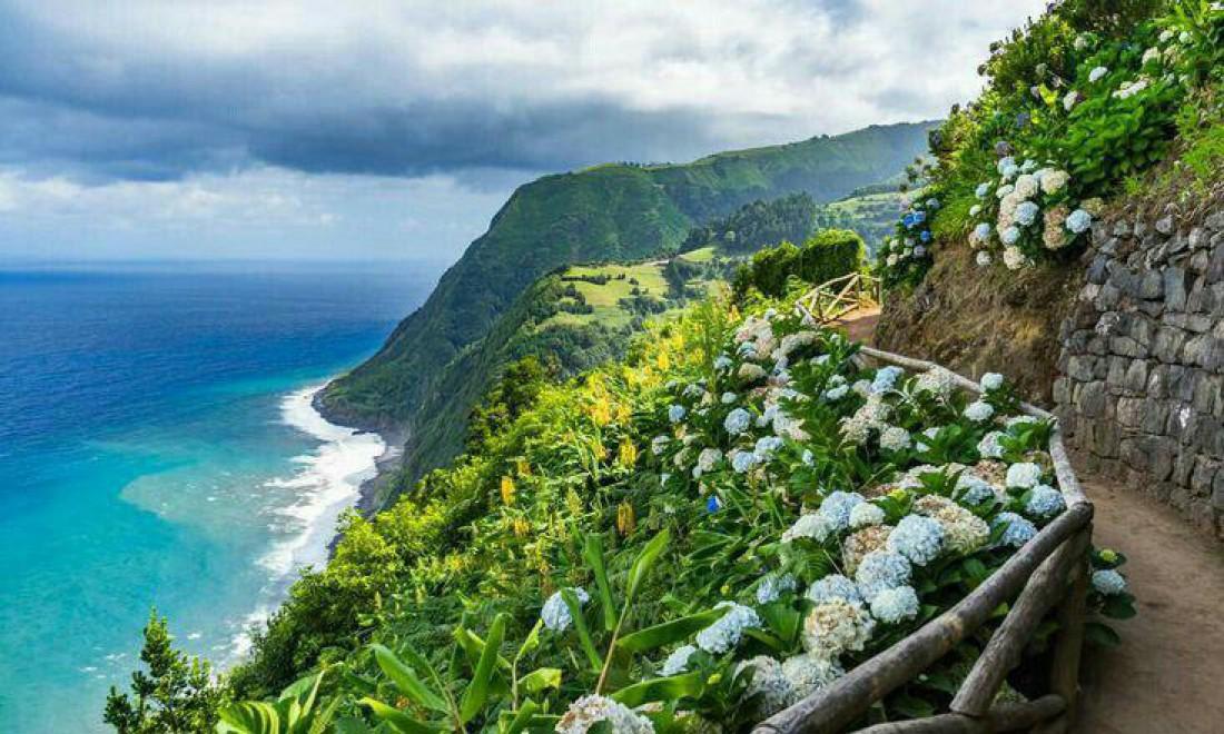 Цветущий остров Флоришь