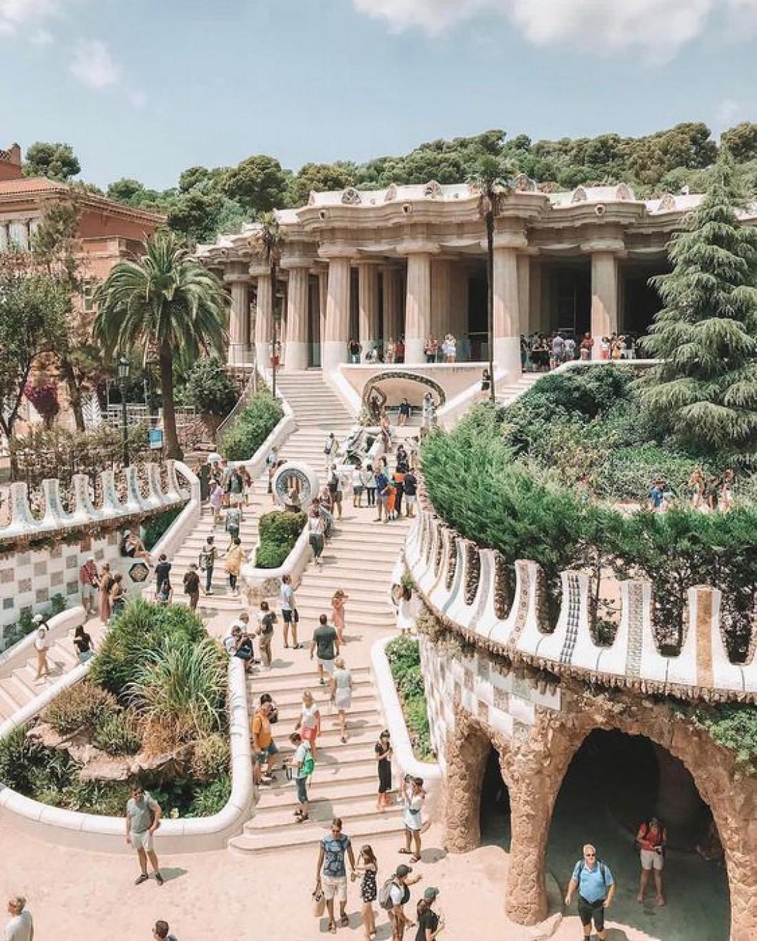 Сказочный парк Гуэля