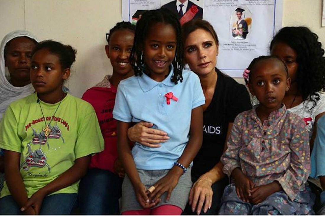 Виктория Бекхэм поддержала детей из Эфиопии