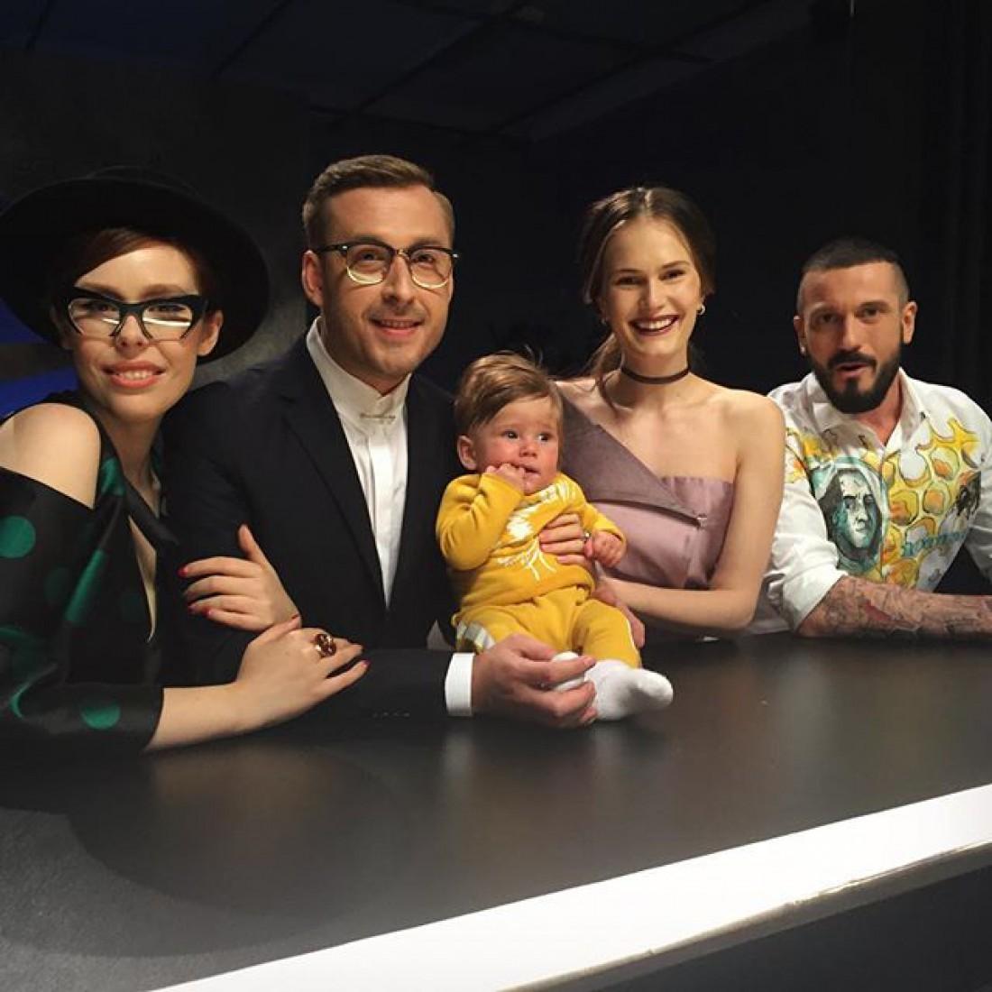 Алла с командой Супермодель по-украински и сыном