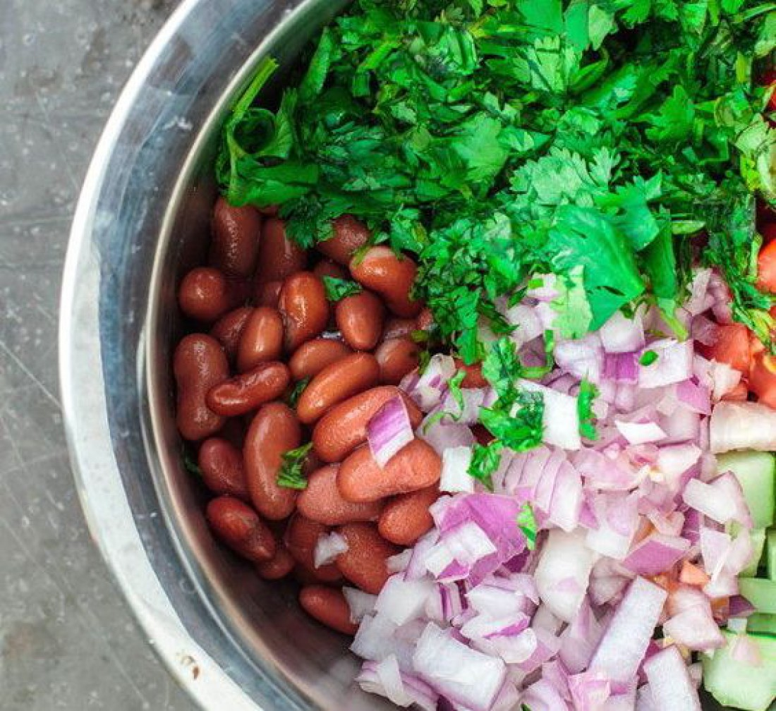 ТОП-7 рецептов простых и легких салатов на Старый Новый год
