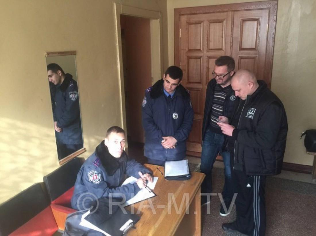 У Пономарева украли вещи из машины