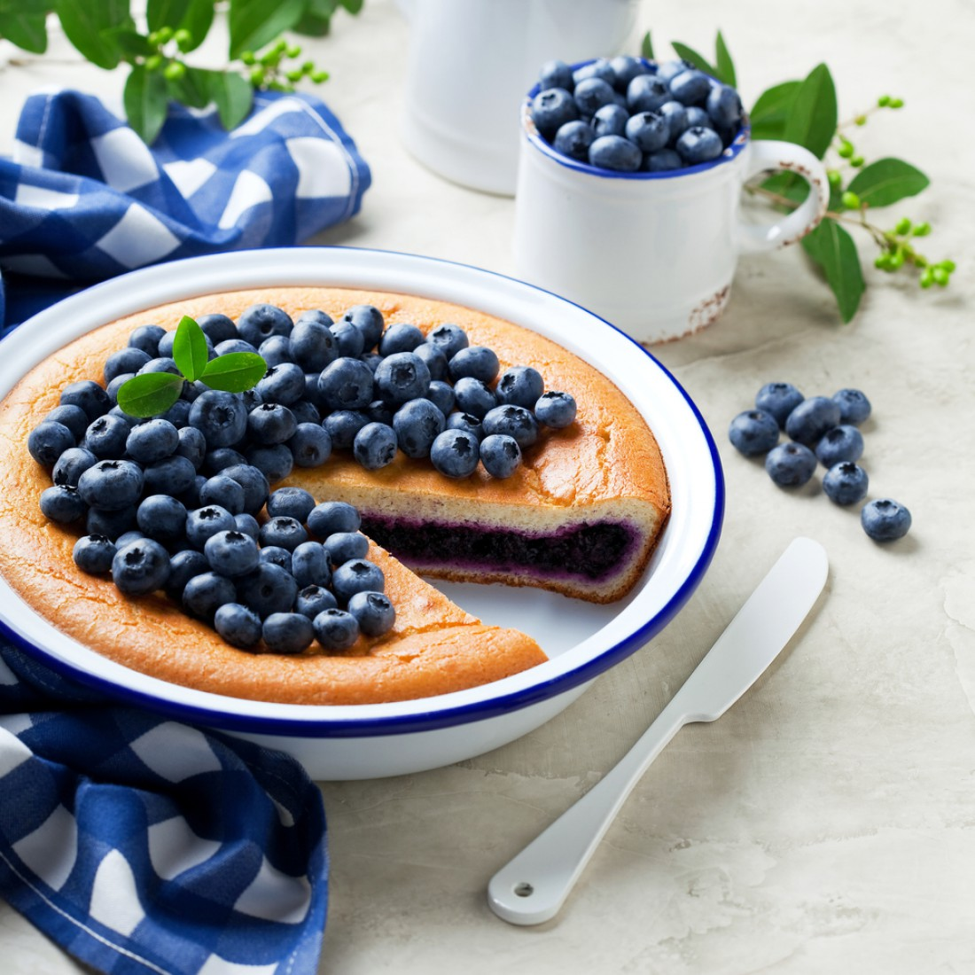 Черничный пирог на кефире