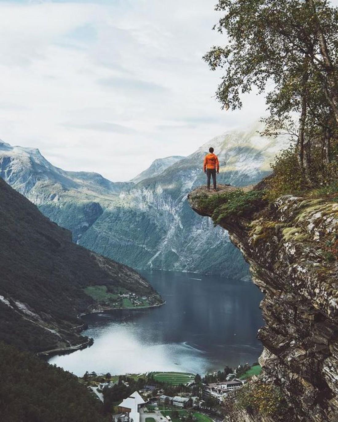 Гейрангер-фьорд поражает всех путешественников своей красотой и великолепием
