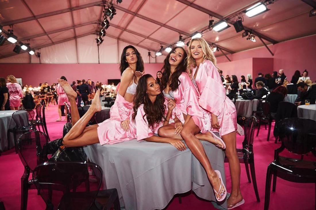 Закулисье Victoria's Secret Fashion Show 2017