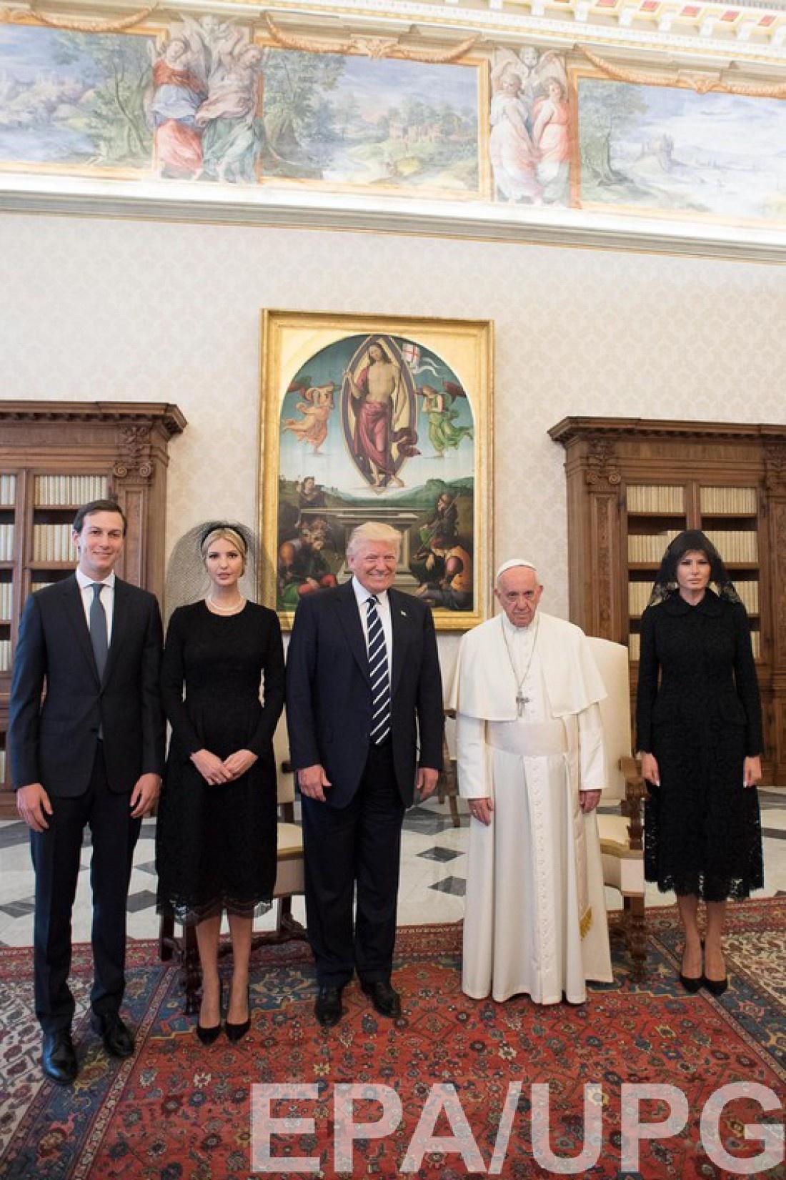 Дональд, Меланья и Иванка Трамп встретились с Папой Римским в Ватикане