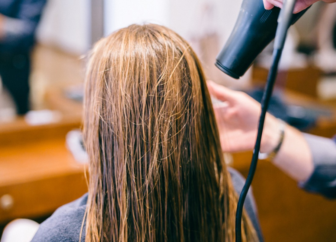 Ухаживай за крашеными волосами правильно