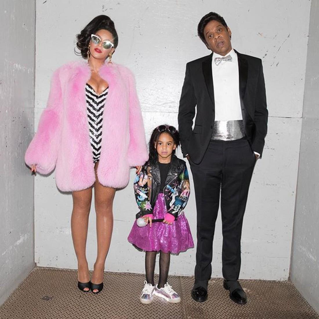 Бейонсе с мужем и дочкой