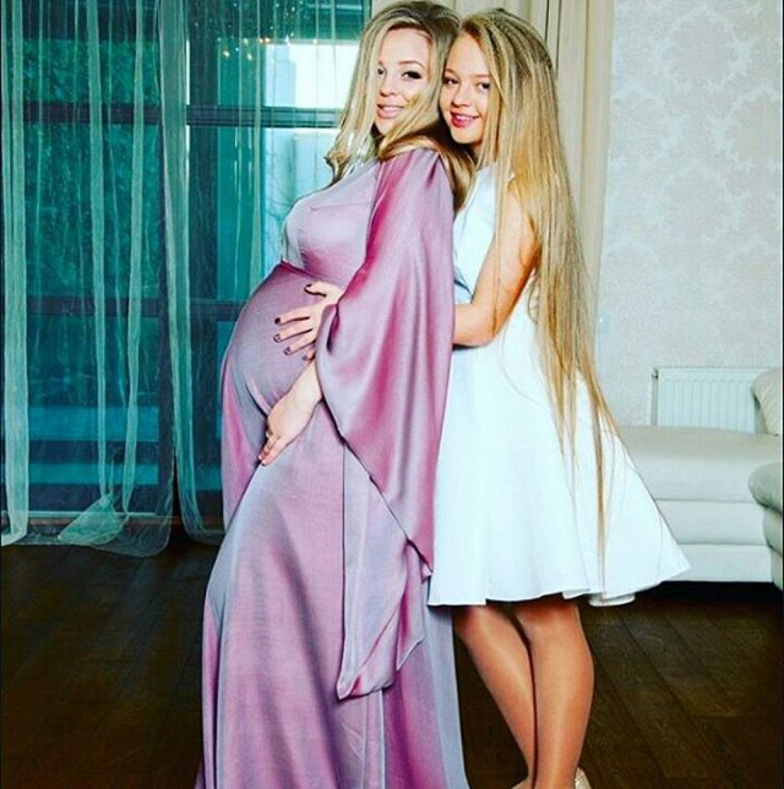 Виктория Петрик с сестрой