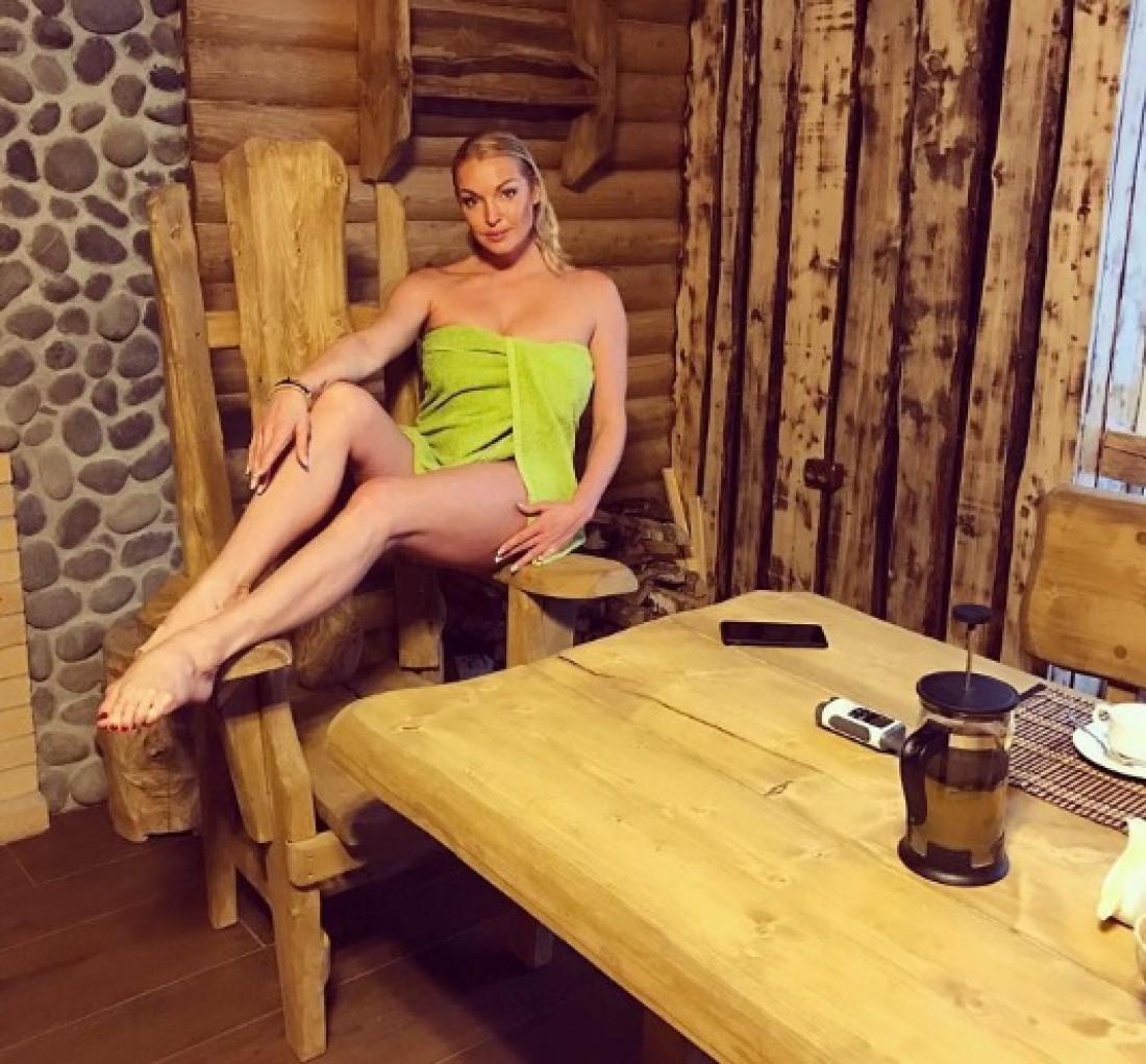 Волочкова сравнила себя с Тодоренко