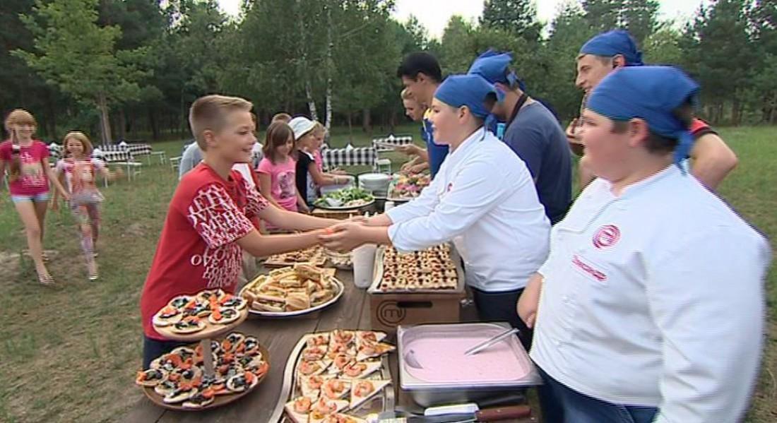 МастерШеф 6 сезон 14 выпуск: участники готовили с детьми для детей