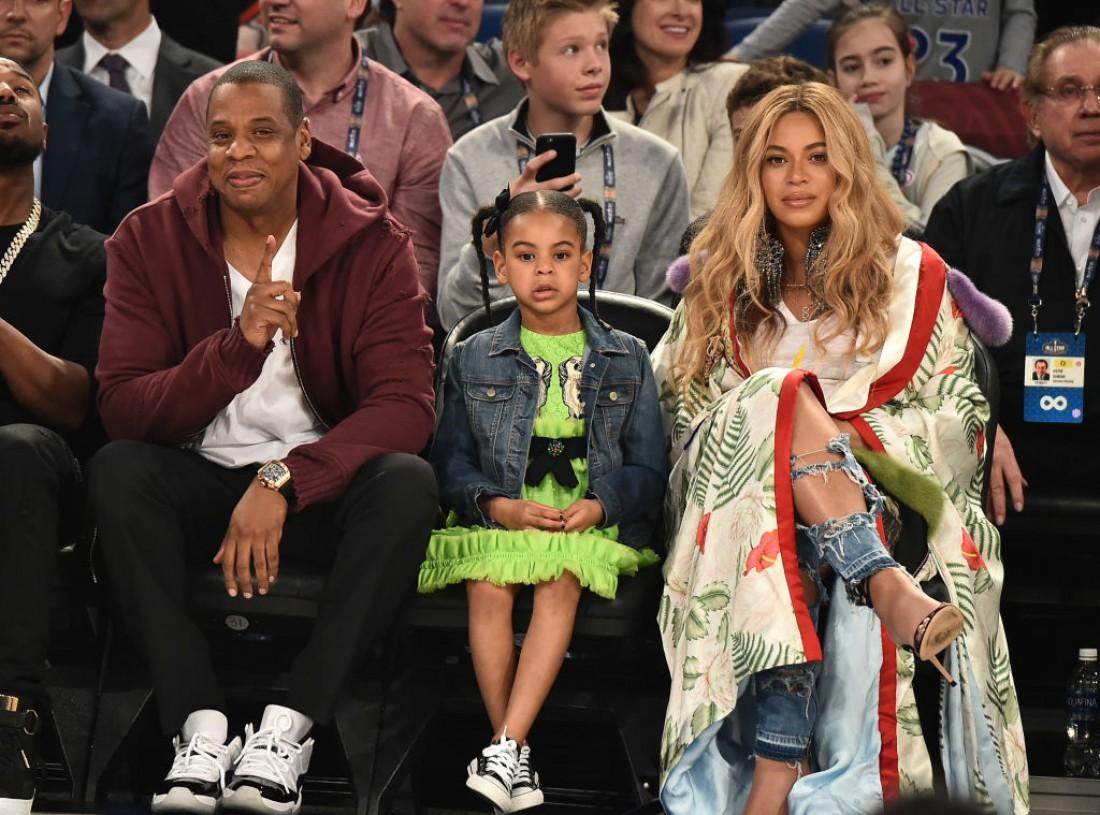 Бейонсе с дочкой и мужем