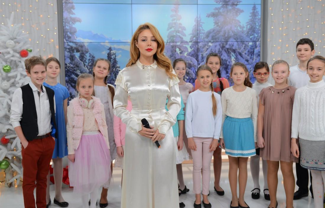Тина Кароль презентовала новую версию Щедрыка
