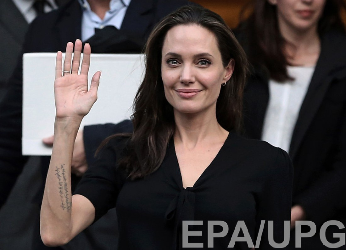Анджелина Джоли вернулась к бывшей подружке