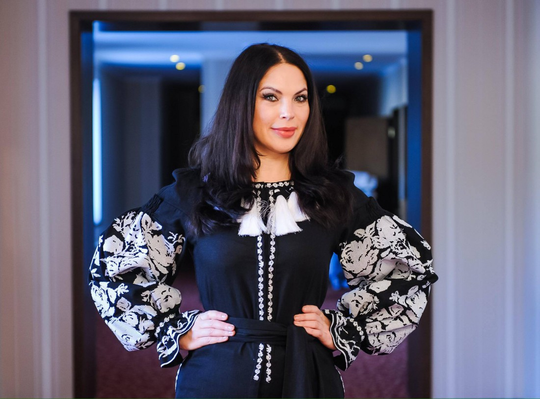 Общественный деятель Влада Дитовченко продемонстрировала свою любовь к украинским дизайнерам