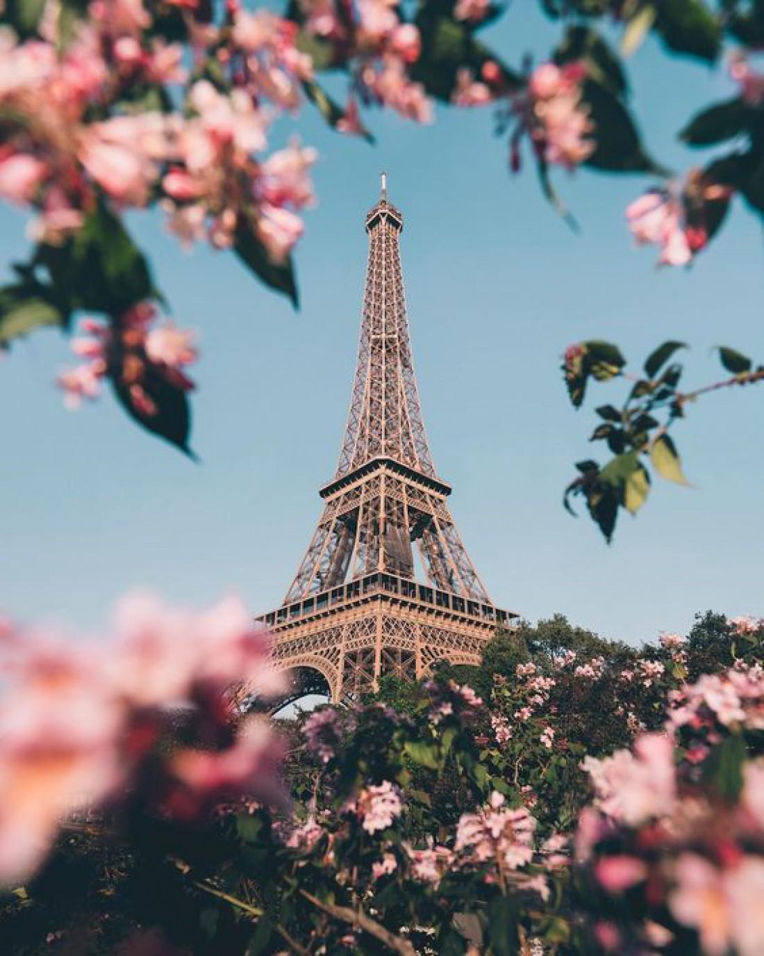Эйфелевая башня - сердце Парижа