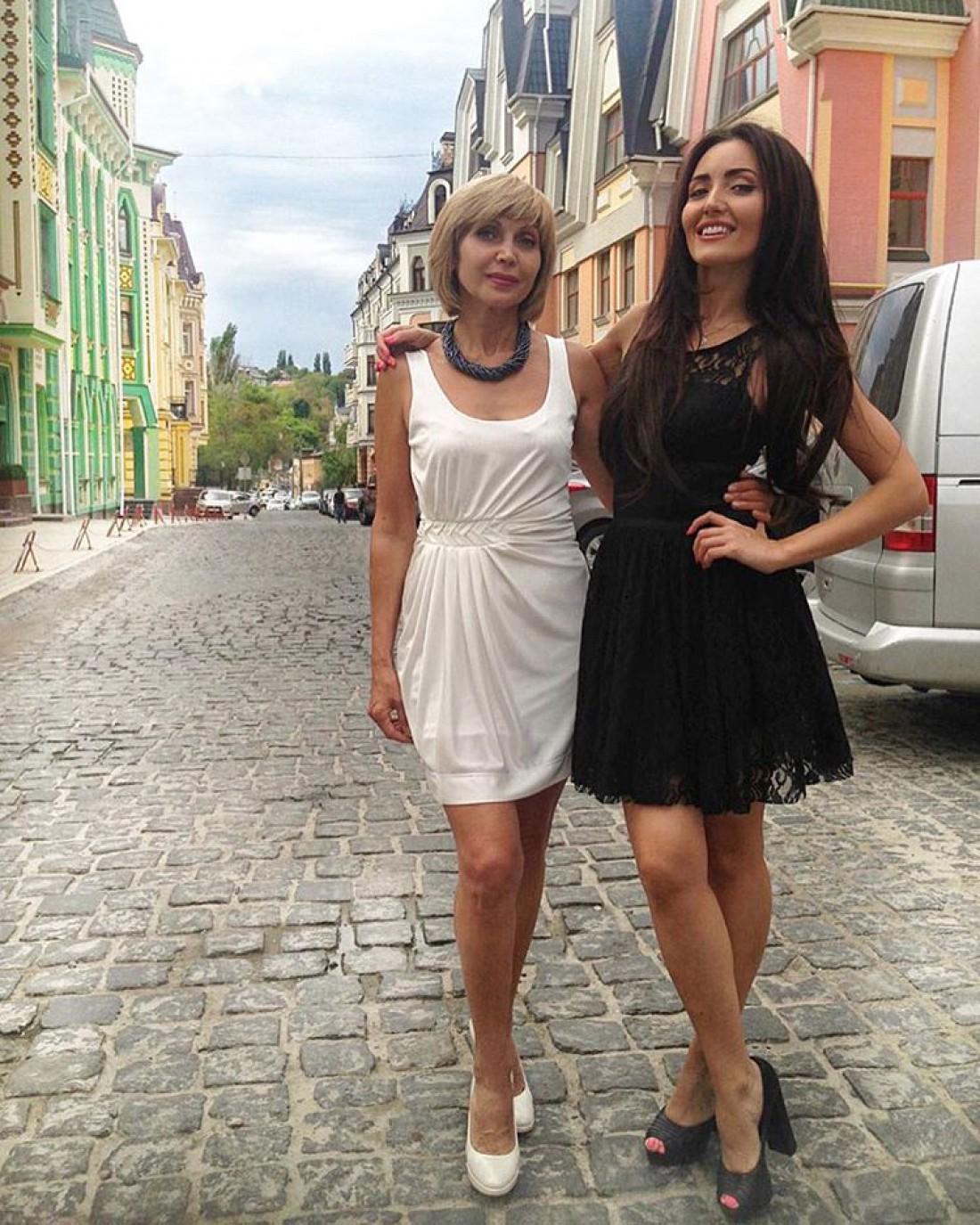 Певица Анна Добріднева с мамой
