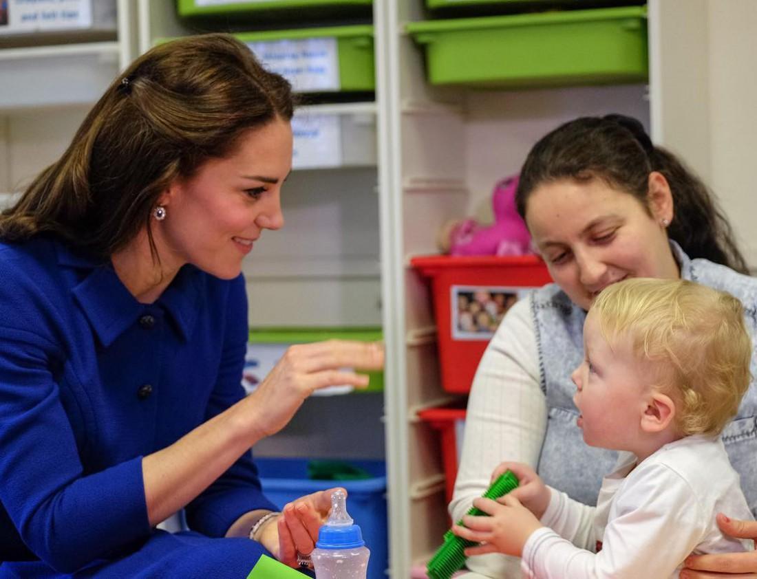 Кейт Миддлтон в детском психологическом центре