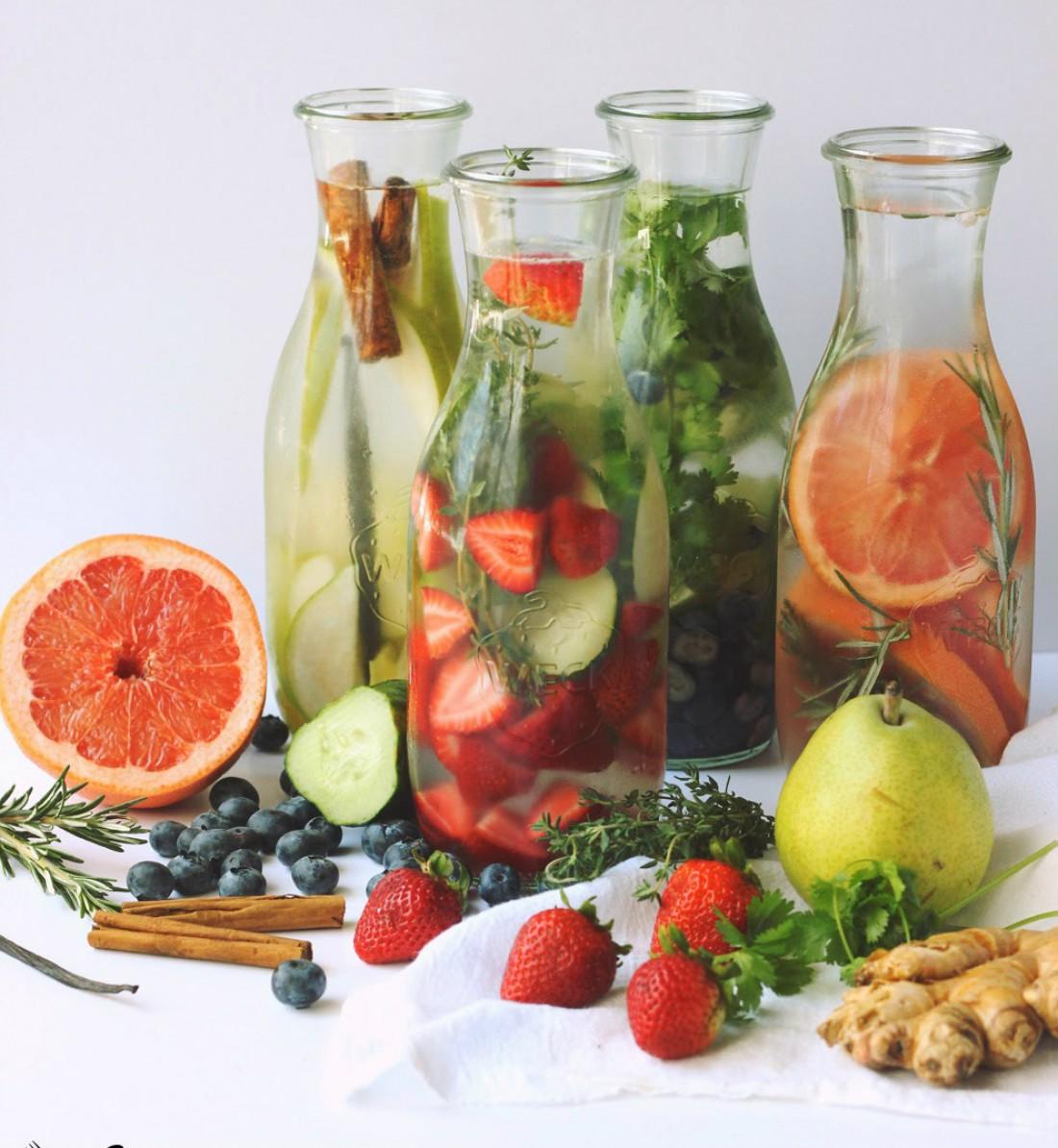 Детокс-напитки способствуют очищению организма от токсических веществ