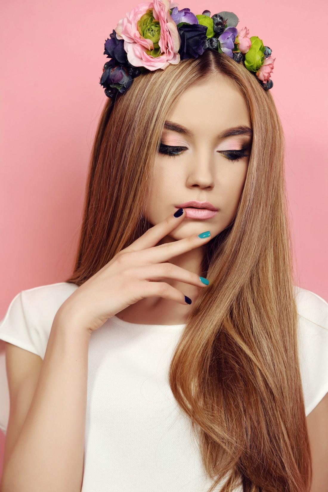 Кератиновое выпрямление волос стоит недешево