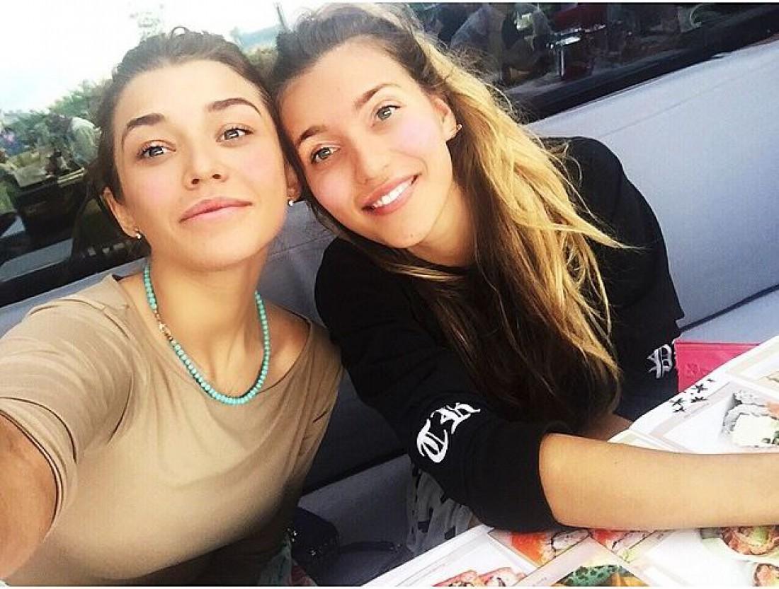 Аля и Регина