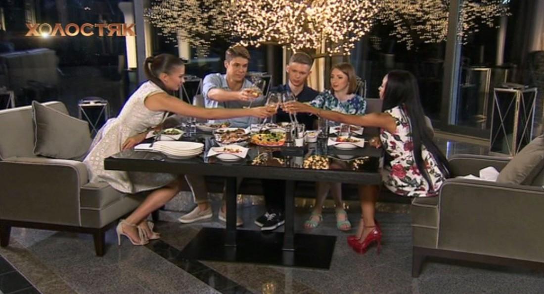 Холостяк 7 сезон 3 выпуск: Оля и Стелла с семьей Дмитрия Черкасова