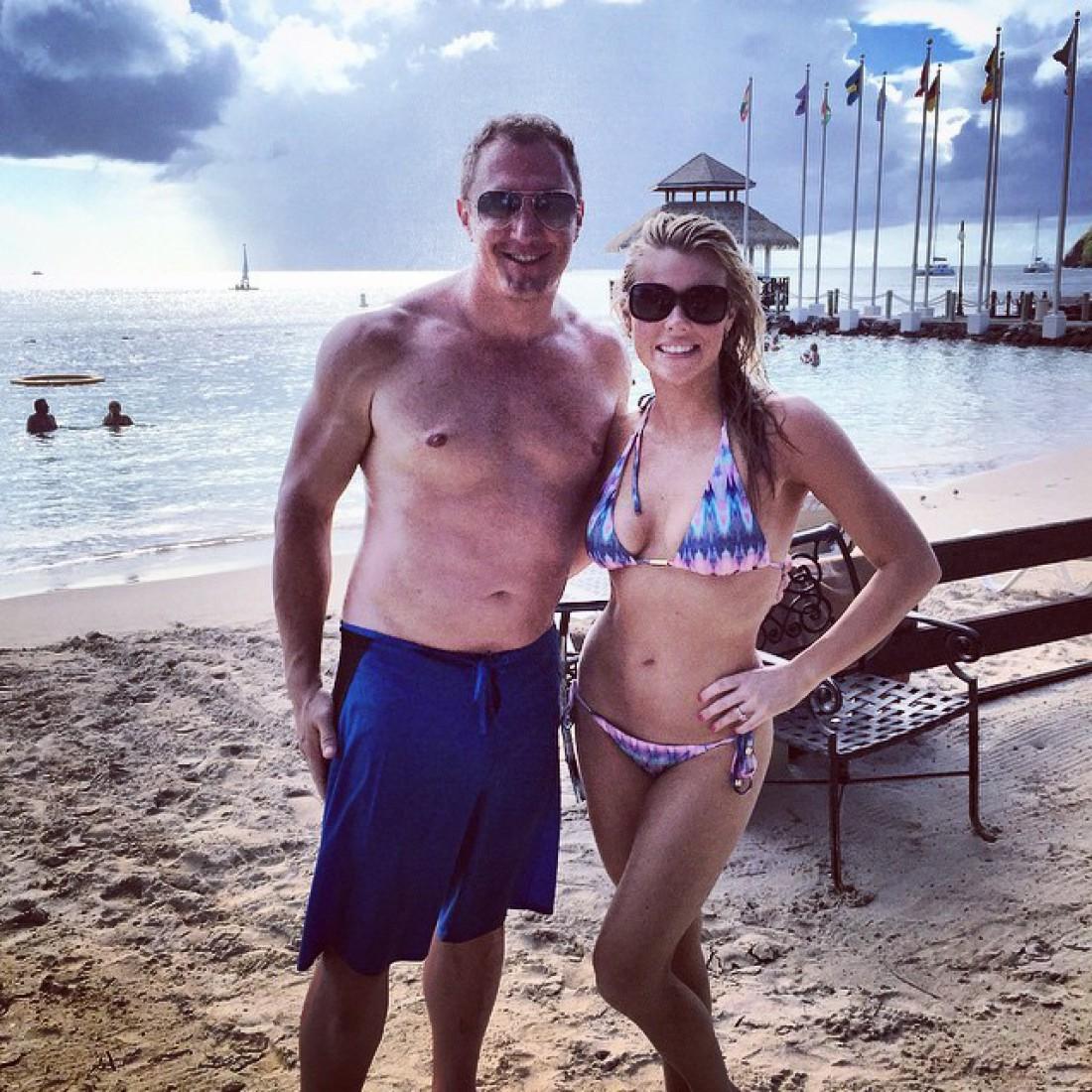 Скотт Митчелл и его бывшая девушка Мэри Хант