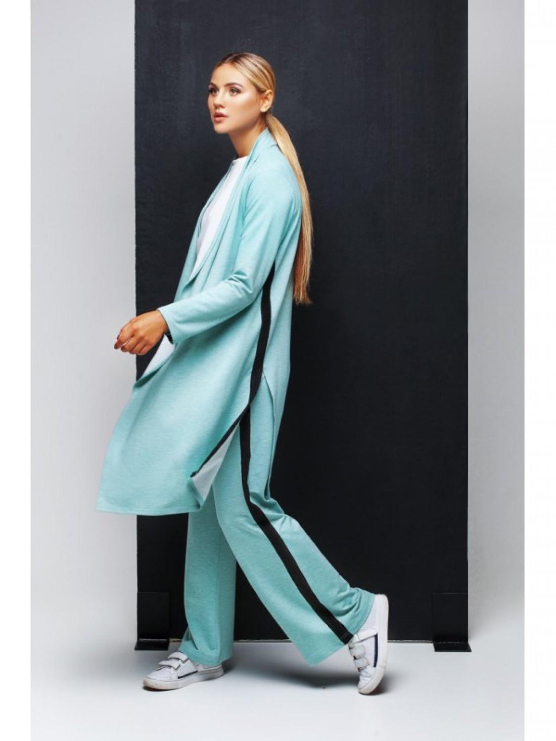 Наш ответ плюшевым костюмам от Juicy Couture