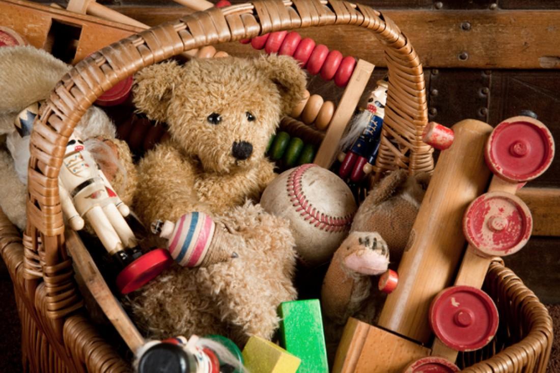 Как убрать игрушки легко и без принуждения