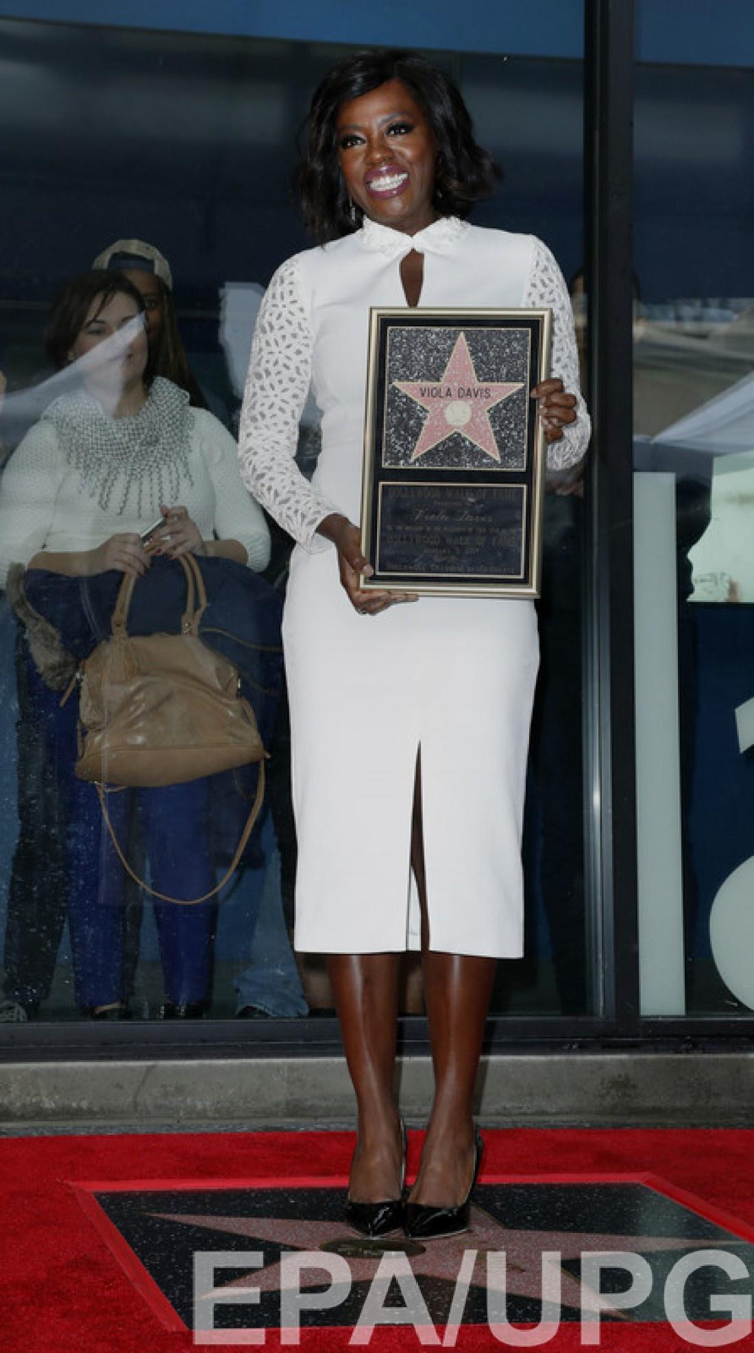 На сегодняшний день Виола выиграла 17 наград, получив при этом двадцать одну номинацию.
