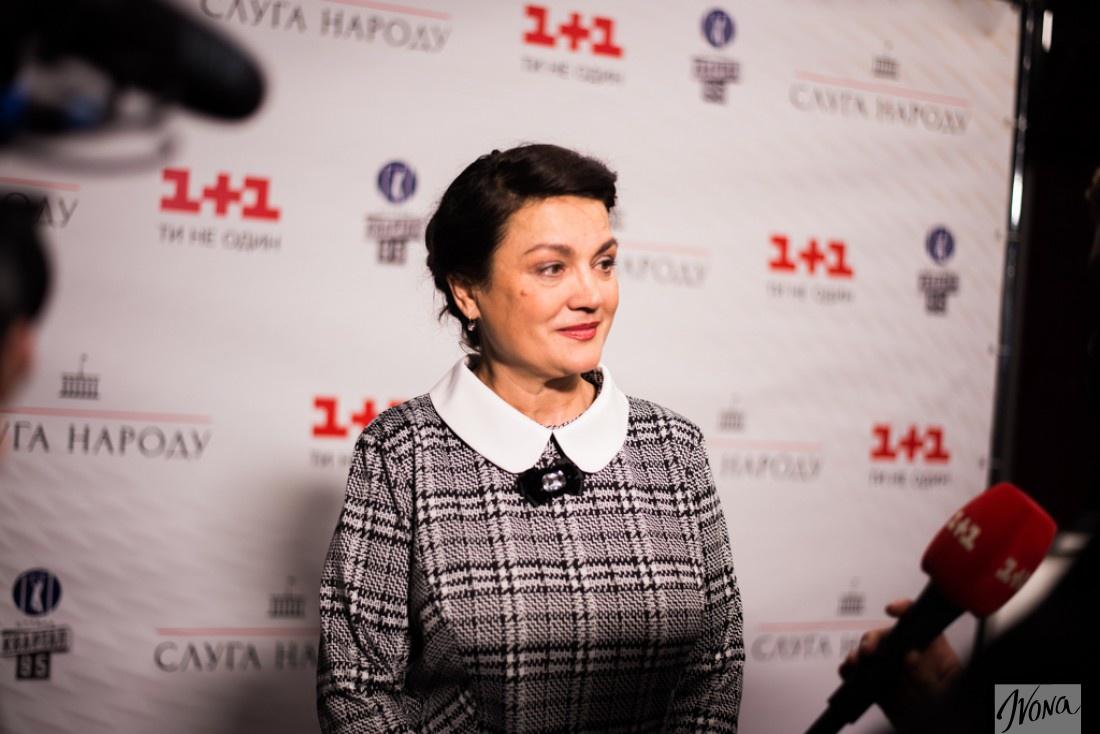 Наталья Сумская не разделяет игру в кино и театре