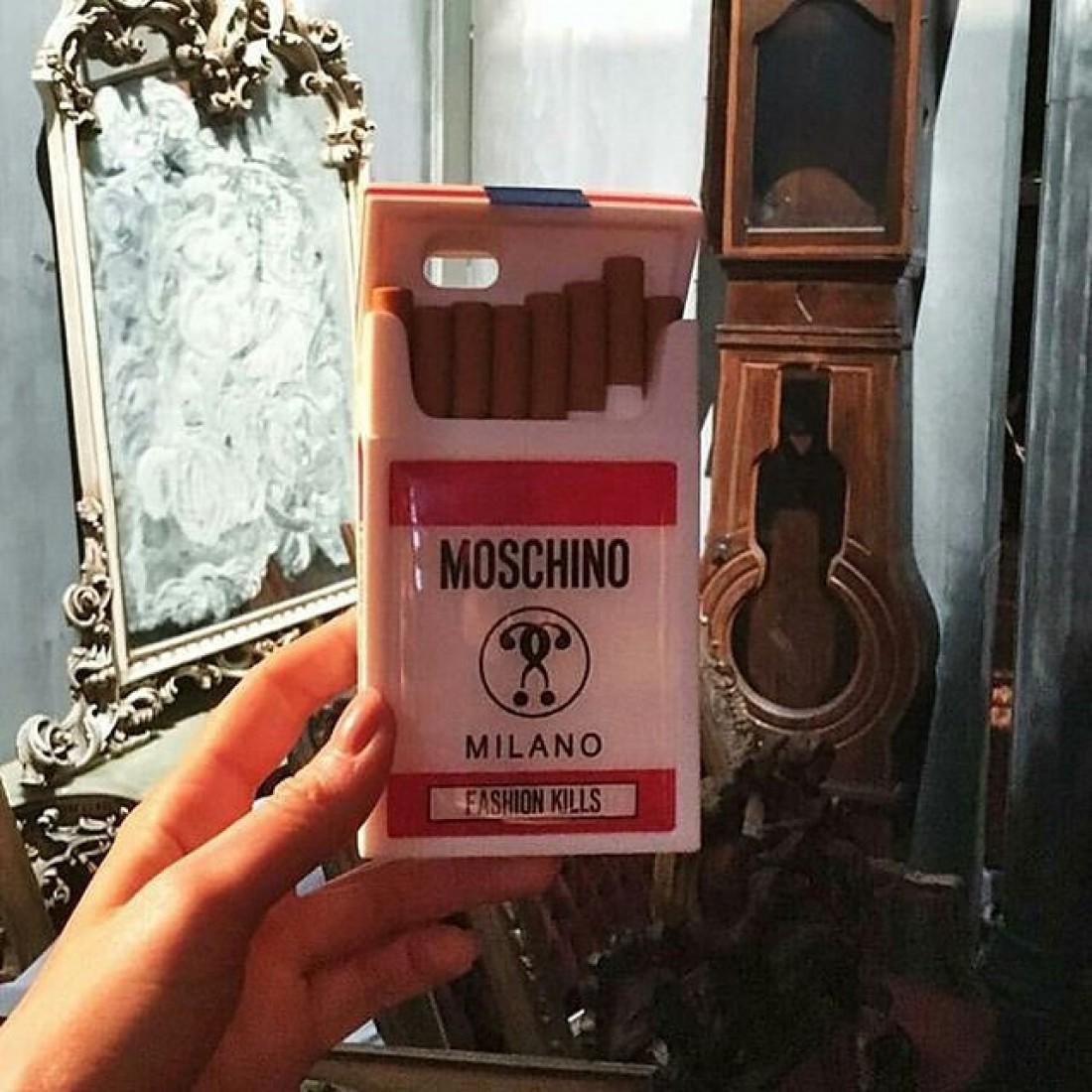Показ Moschino