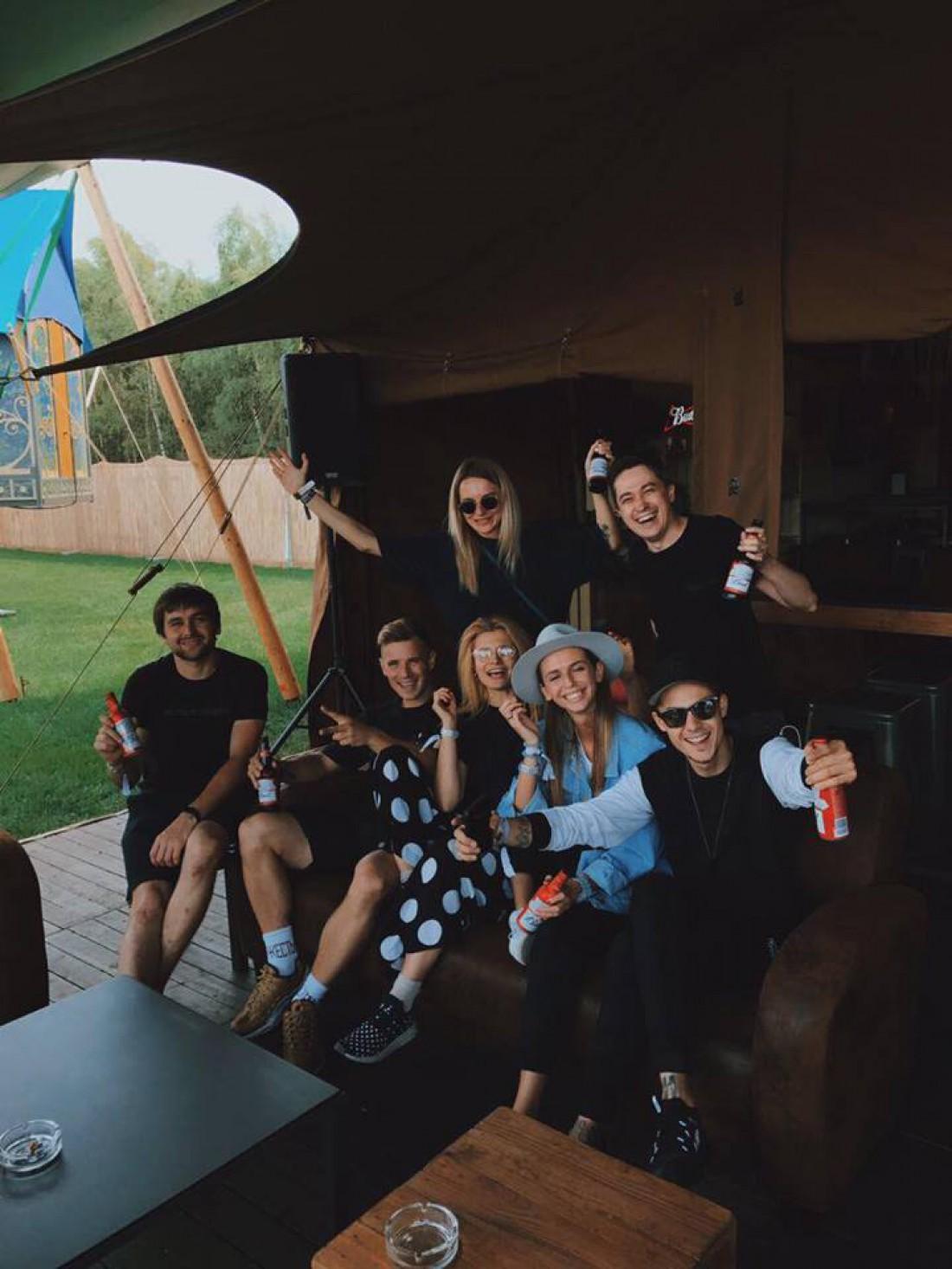 OLEYNIK с друзьями на музыкальном фестивале