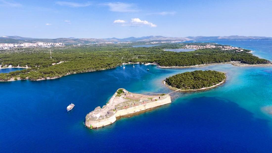 Отдых в Хорватии: крепость Св. Николая у Шибеника