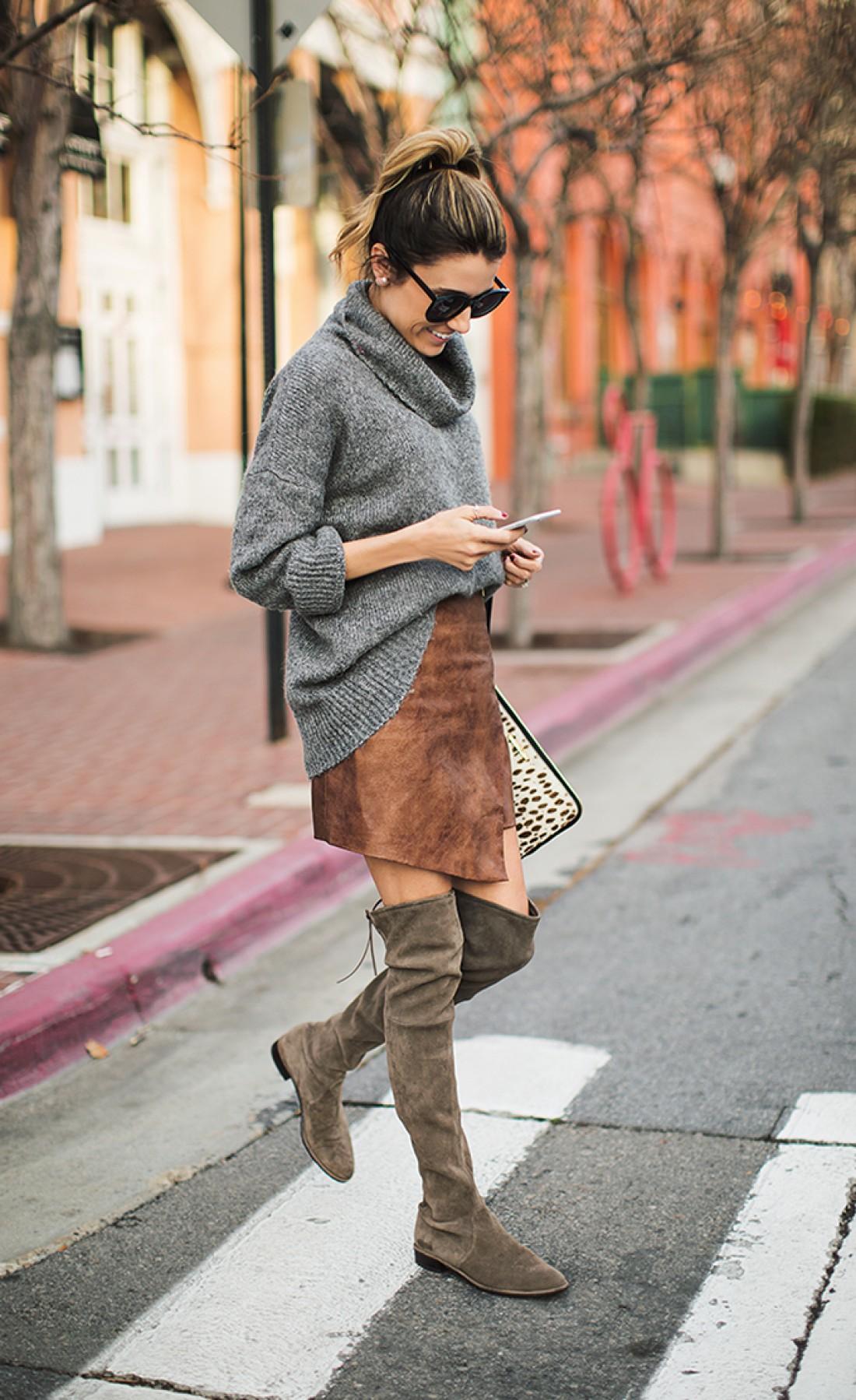 Стильные образы со свитерами