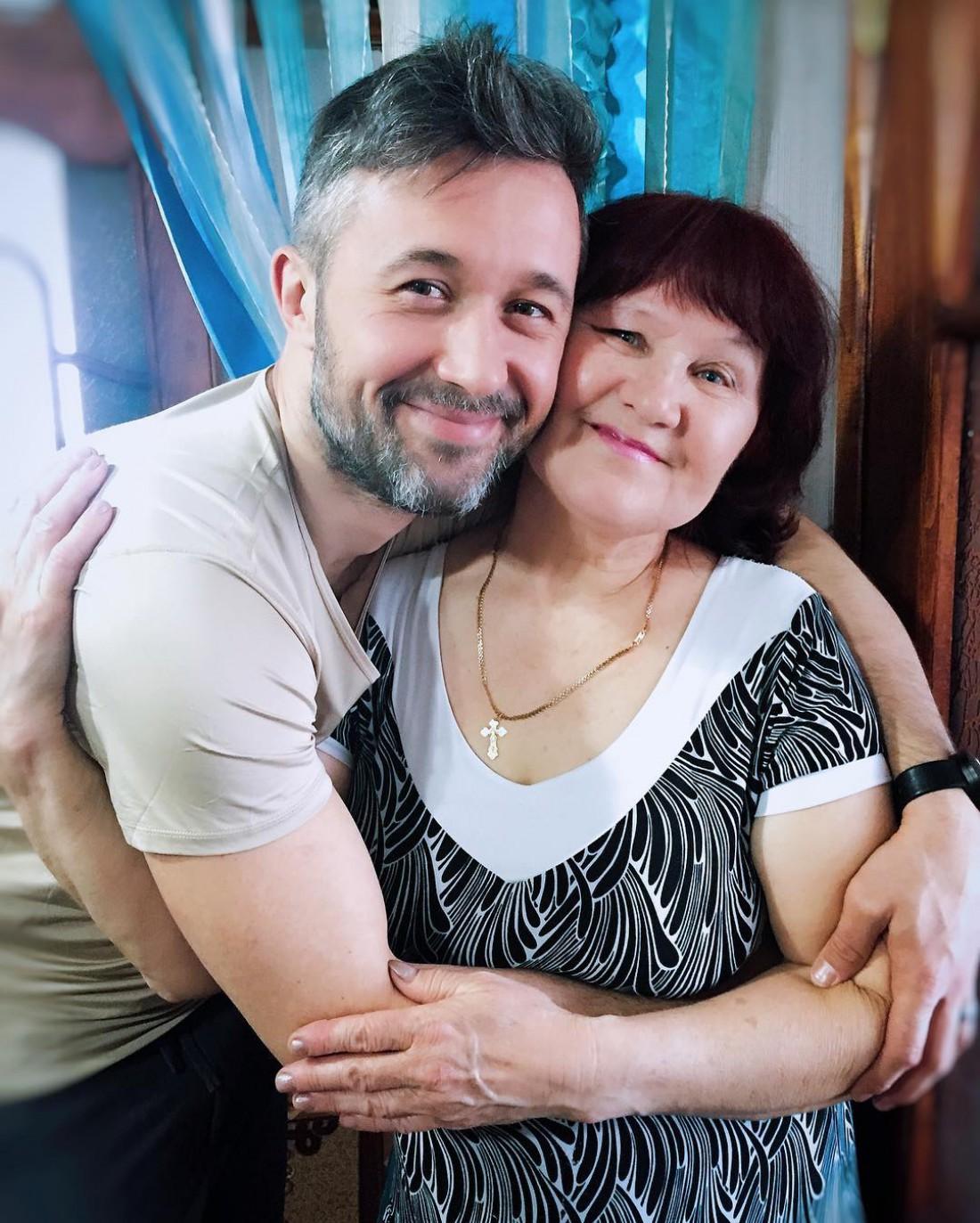 Сергей с мамой