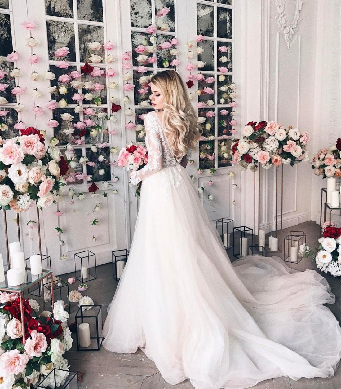 Алена в свадебном платье
