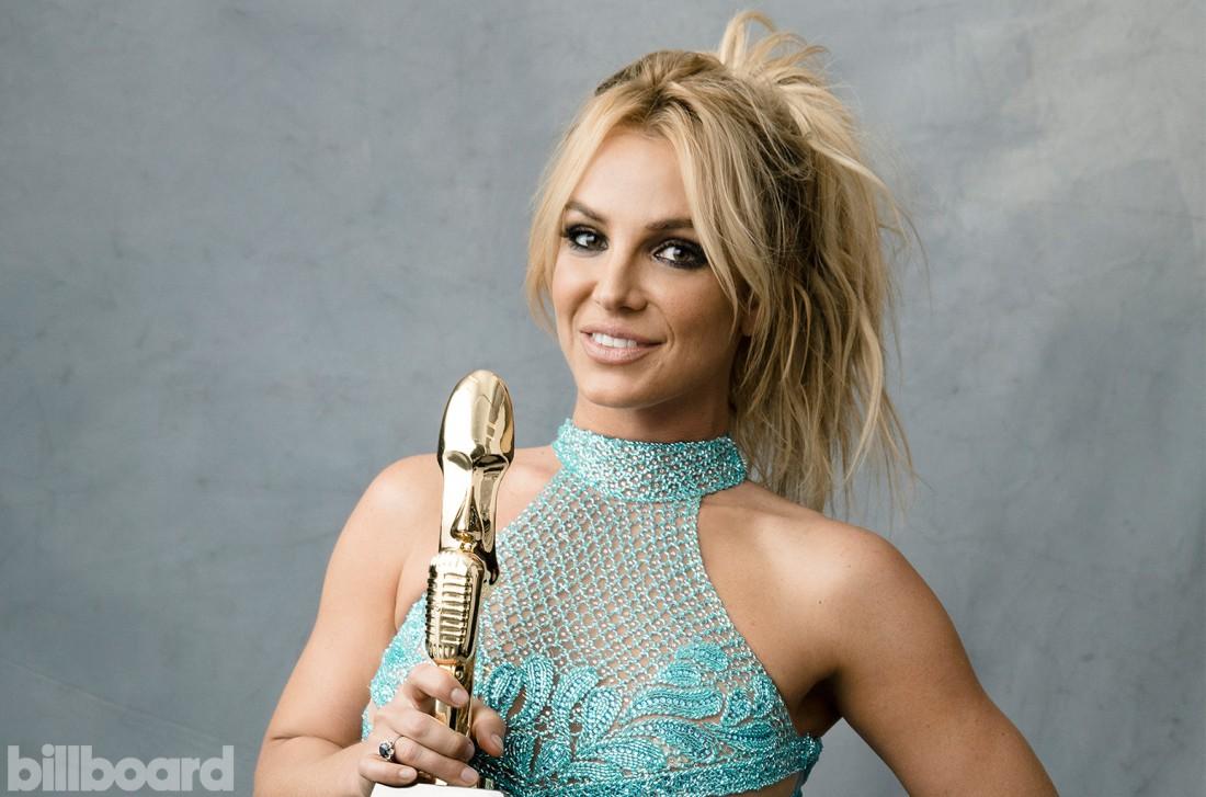 Бритни Спирс в Billboard Magazine изоражения