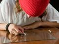 Как узнать, что ребенок принимает наркотики